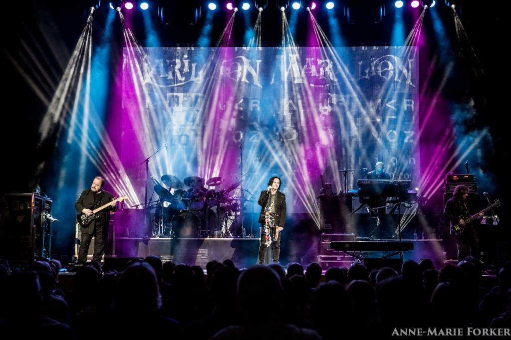 """Marillion announce a """"Light at the End of the Tunnel""""."""